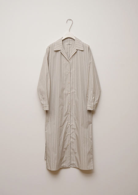 AMOMENTO OPEN COLLAR DRESS