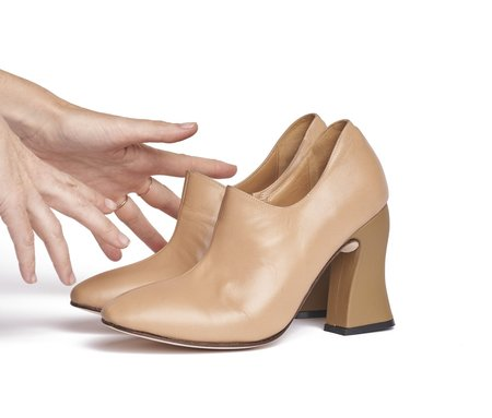The Palatines Dialion Cypress Textured Curved Leather Heel Bootie - Tan