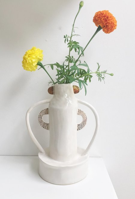 Curious Clay Rays Vase - White