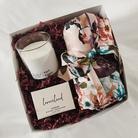 LoversLand Pink Bloom Bridesmaid Gift Box