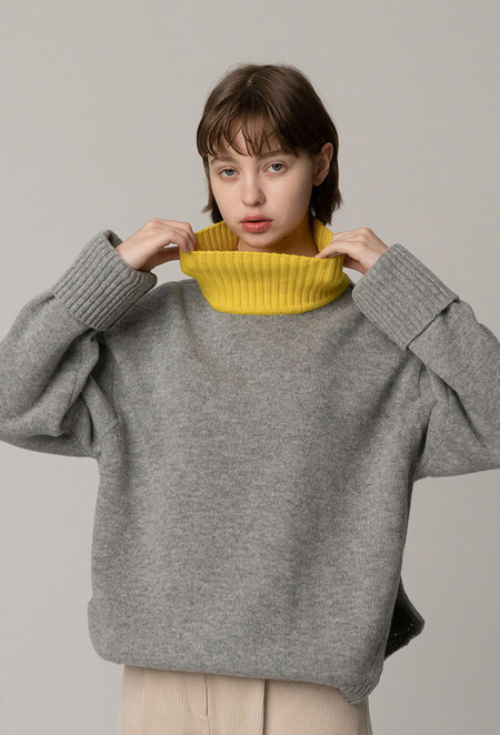 ROCKET X LUNCH NECK Point KNIT TOP - GREY