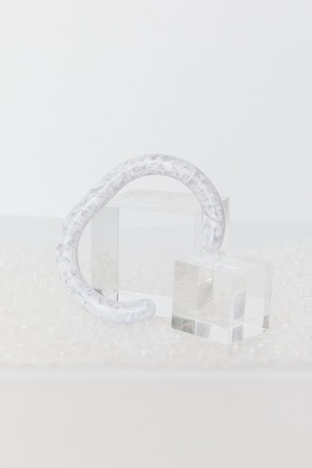 Foe and dear Mesa Cuff - white