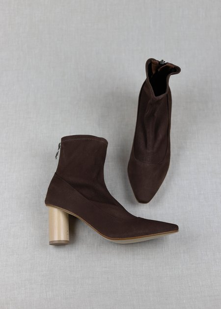 LOQ Stretch Suede Vero Boots - Bombón