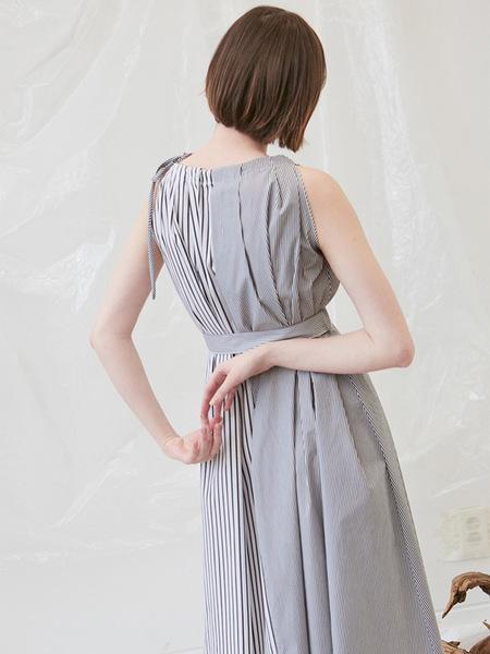 Another A Half Stripe Dress - Black