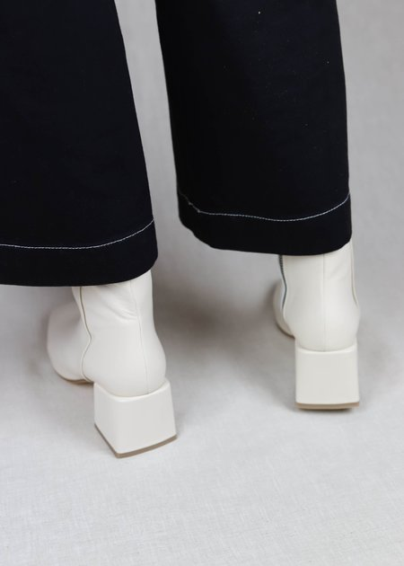 LOQ Leather Lazaro Boots - Crema