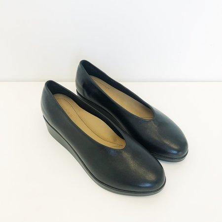 Hopp  Slip-On Wedge - Black
