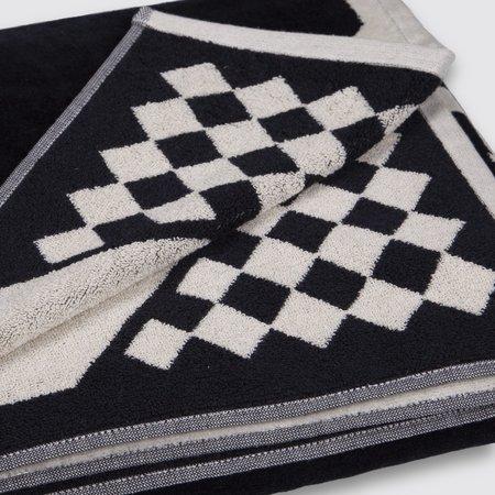 Pendleton Oversize Jacquard Towel - Los Ojos Black