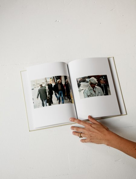 Mack Books Waiting Some Birds A Bus A Woman And Spidernets Places A Crew - Anders Edström