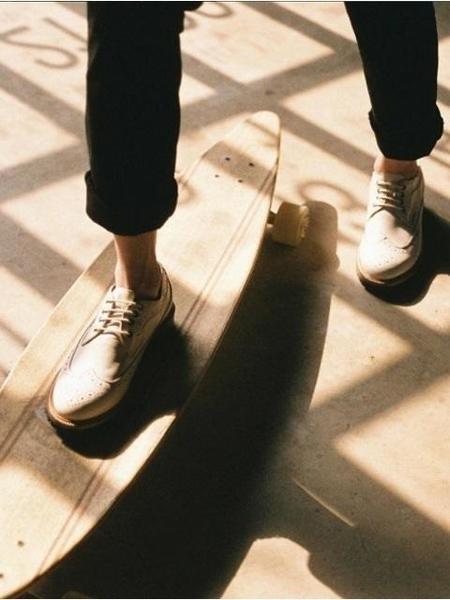 EIRENE Wingtip Shoe - Ivory