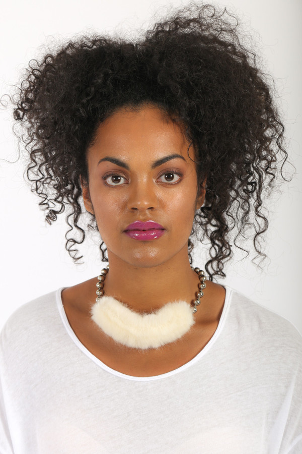 FAUX/real Now That's Sort of Cozy Choker