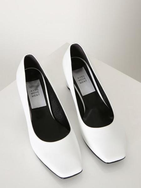 Avec Movement 17003P Heels - White