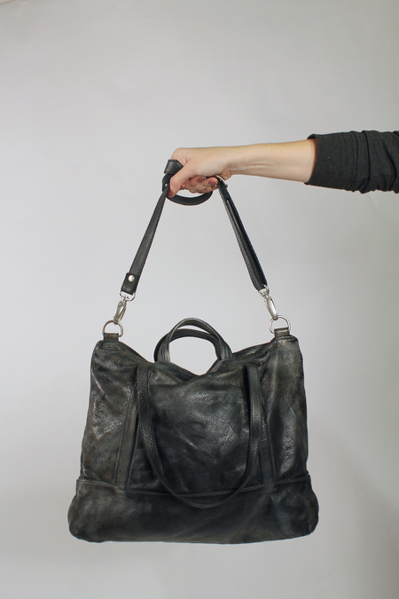 Vive La Difference Easy Time Bag - distressed grey