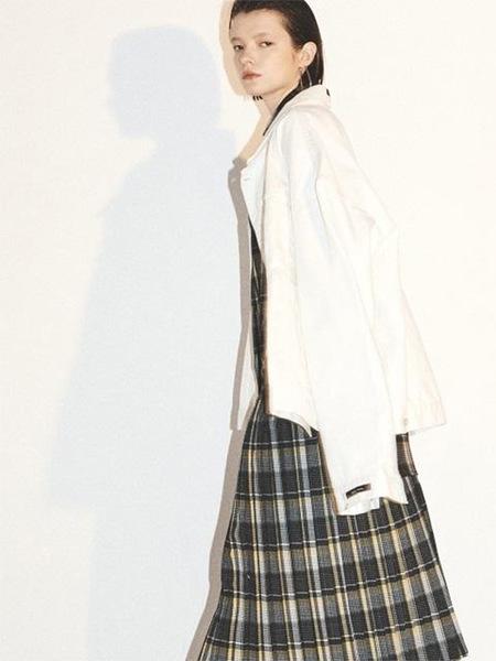 Unisex HALEINE Oversized Cutting Detail Denim Jacket - Cream