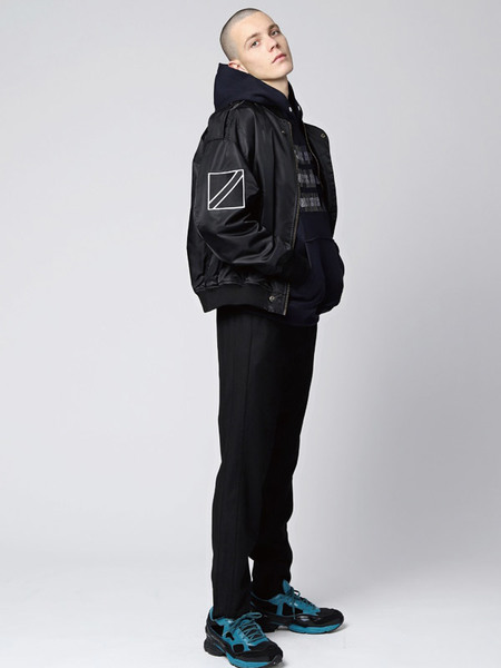 GRAY HUE Flag MA 1 Jumper - Black