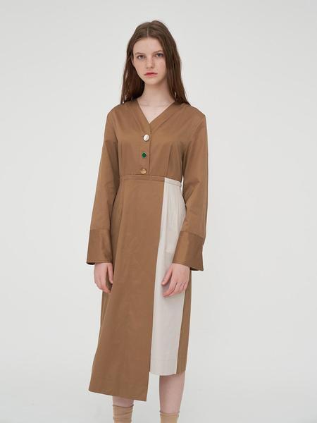 AGENDER Button Unbalance Dress - Beige