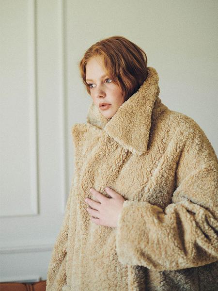 HIDDEN FOREST MARKET Over Collar Shearling Faux Fur Coat - Beige/Dark Brown