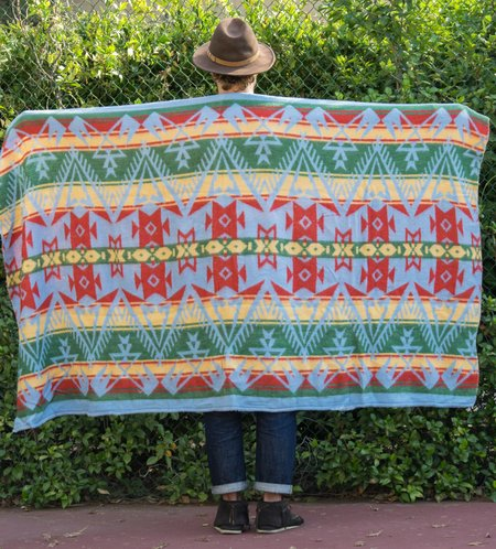 Fitra Vintage Navajo Motif Camp Blanket - Sky Blue