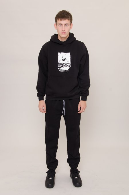 North Hill Pigeon Hoodie - Black