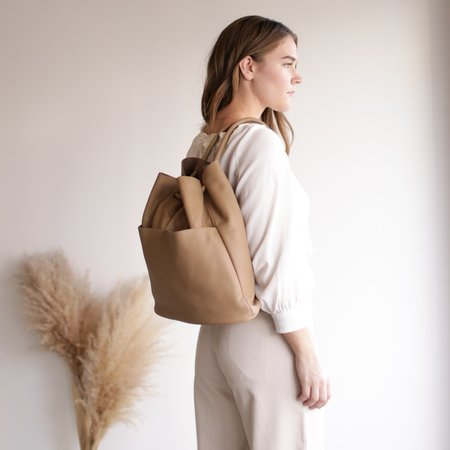 ARE Studio Lade Backpack - Dust