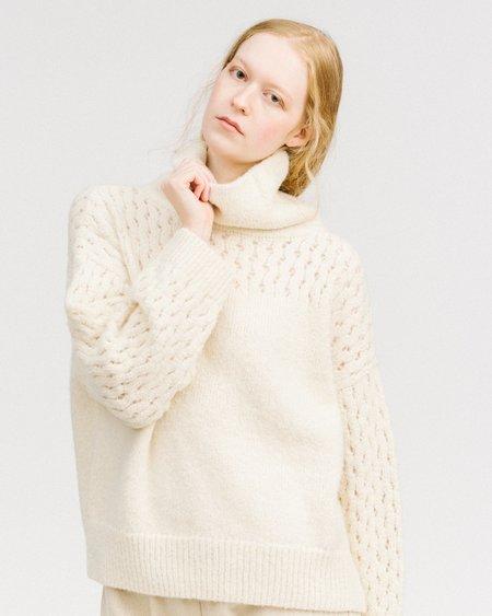 Wol Hide Lace sleeve turtleneck - white