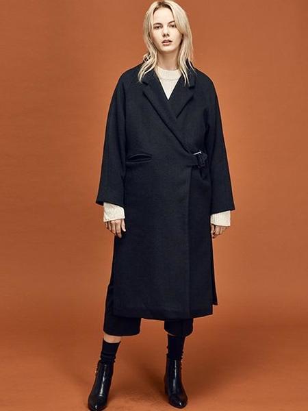 ANEDIT Raglan Coat - Black
