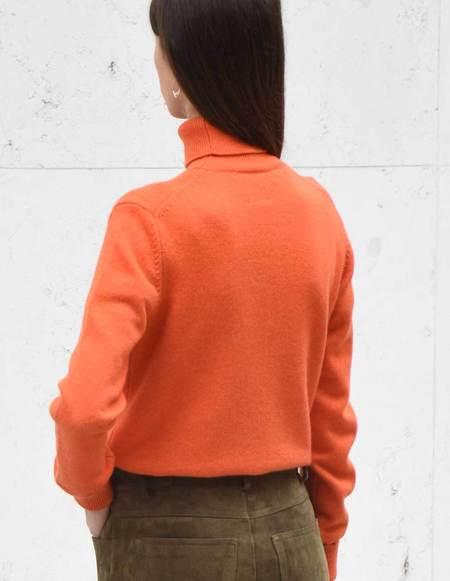 Asciari Milano Celidonia Fine Cashmere Turtleneck - Orange