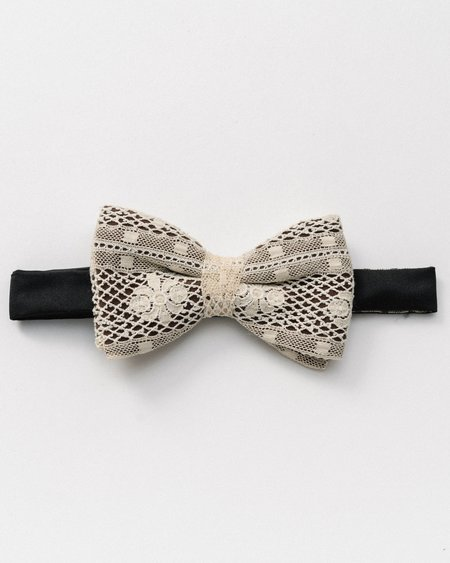 Marwood Mesh Lace Bow Tie - Black/White