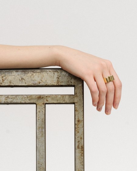 Luiny Onda ring - brass