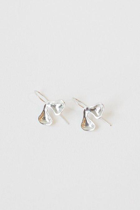 Seaworthy Avens Drop Earrings - Silver