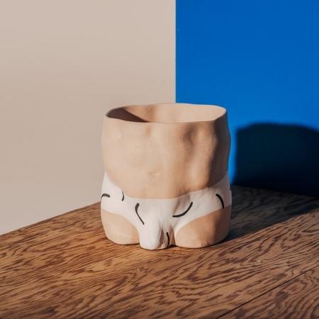 Group Partner Hockney Boy Vase - Light Tan