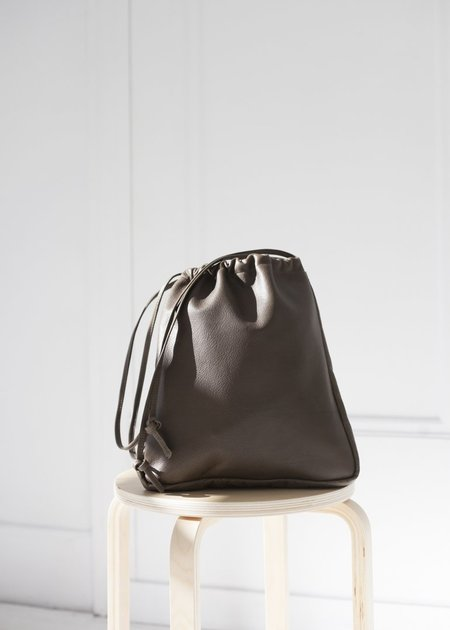 Are Studio Cortina Drawstring Bag - Olive