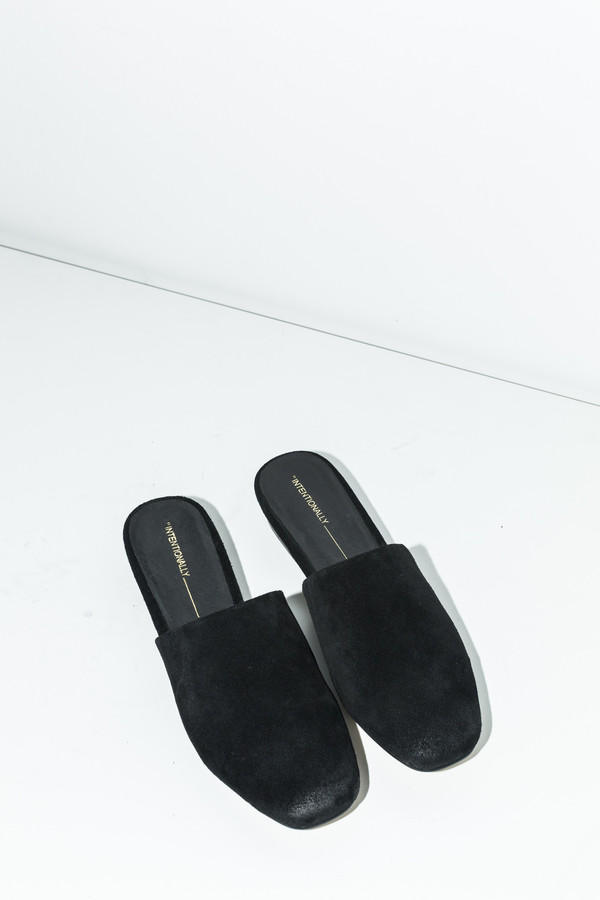 Intentionally Blank Touch Mule
