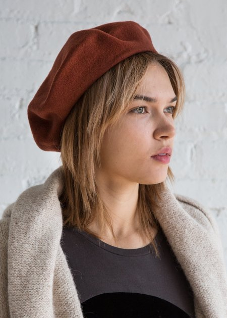 Clyde Rohmer Beret - Brick Red