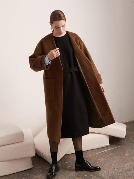 BEMUSEMANSION Oversized Wool Coat - Camel Brown