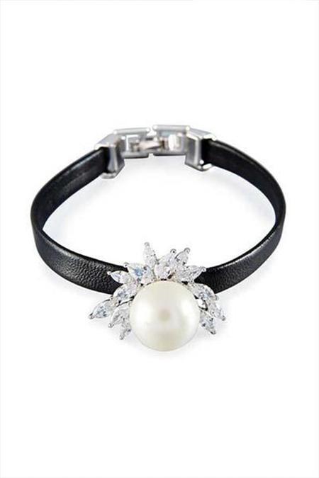 Fallon Monarch Mini Pearl Cuff Bracelet