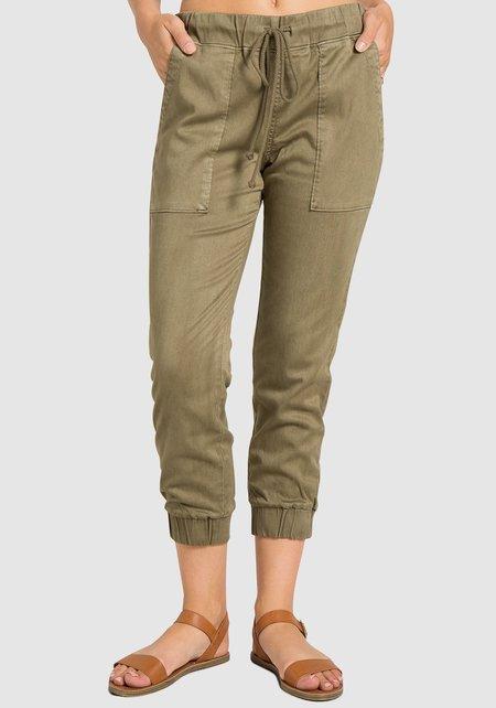 Bella Dahl Pocket Jogger Pants - Pine
