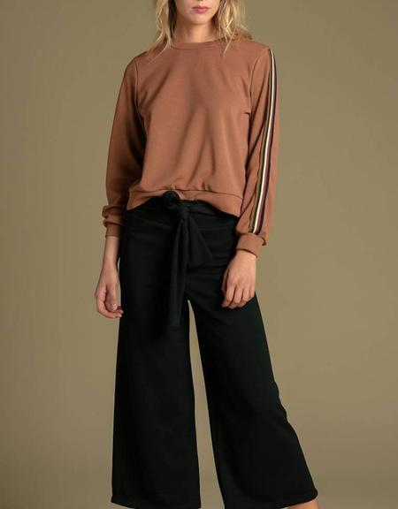 Sam & Lavi Darsey Top - Rust Winter