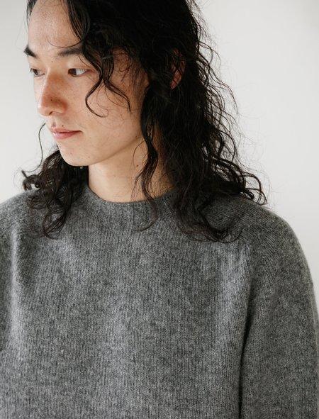 Neighbour Shetland Wool Sweater - Grey