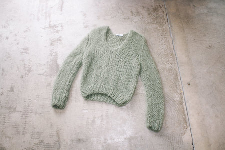 Maiami V Neck Sweater in Mint - Olive