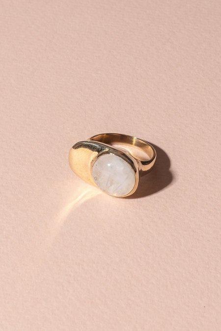 Seaworthy Esposa Ring - Brass/Moonstone