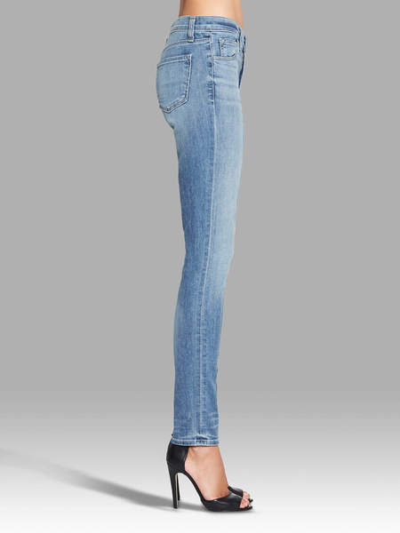 J Brand 811 Mid Rise Skinny Jean - Washed Blue