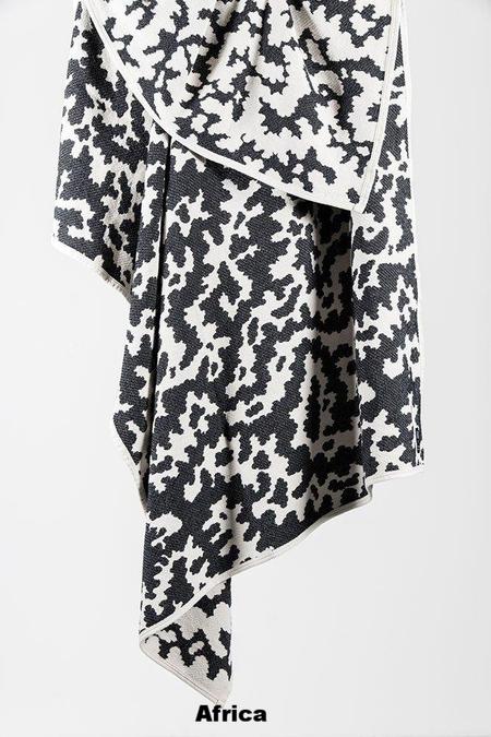 ZigZagZurich CoopDPS Cotton Blanket - Africa