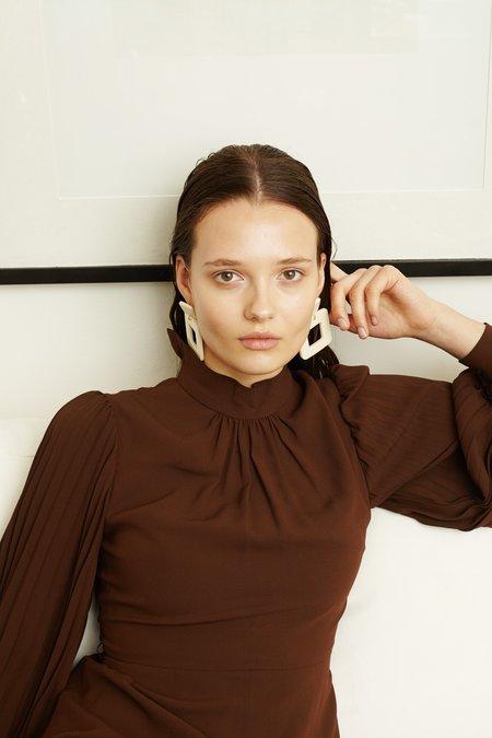 Valet Lois Earrings - White