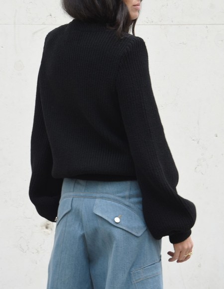 Assel Kiyal Raw Cashmere Sweater - Black