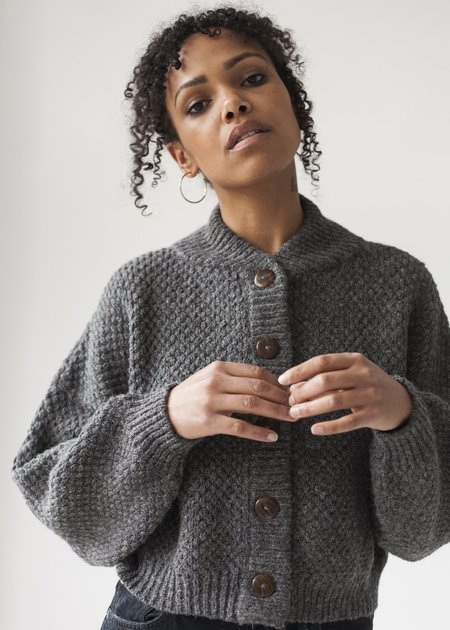 Wol Hide Box Bomber - Charcoal