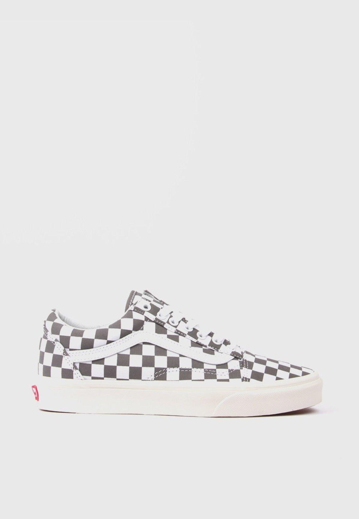 Vans Old Skool Checkerboard Shoe