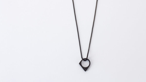 Vitaly Oblate Necklace
