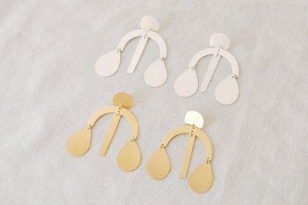 Annie Costello Brown Mini-Arc Drop Chandelier Earrings
