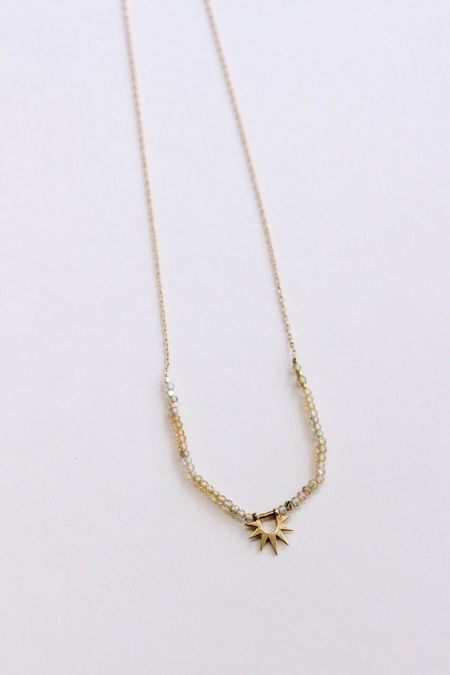 IL Design Sister Sun Rays Half Zircon Short Necklace - Gold