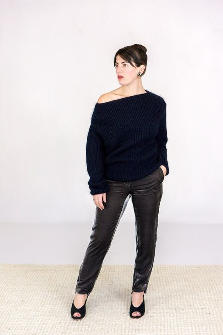 Go Silk Go Velvet Step To It Slim Pant - Charcoal Grey